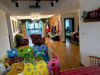 3室2厅2卫280万139m²出售
