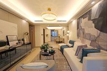 (高新区) 万科·翡翠铂樾4室2厅2卫220万