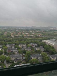 (高新区)高尔夫湖滨花苑3室2厅2卫410万194.80m²出售