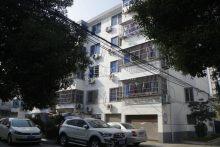 (科教新城)新园新村2室2厅1卫135万90m²出售