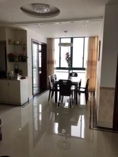 (城厢)月亮河新村3室2厅1卫178万139m²出售